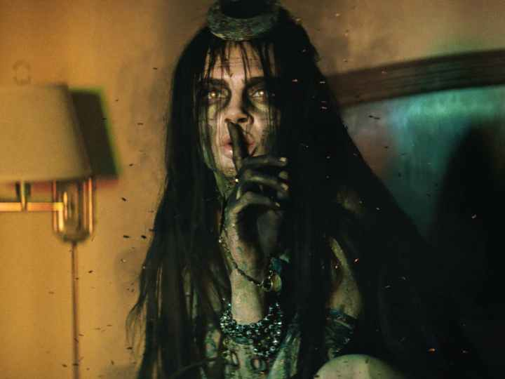 cara-delevigne-as-enchantress-in-suicide-squad